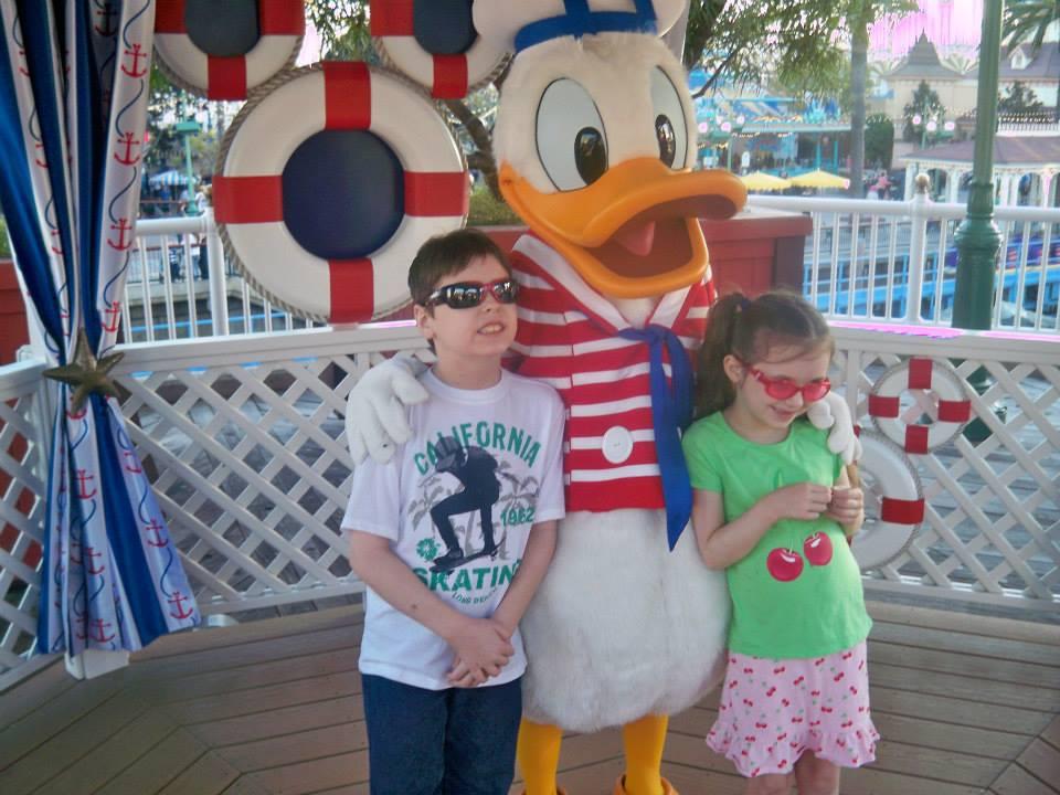 Jones-Kids-and-Donald-Duck