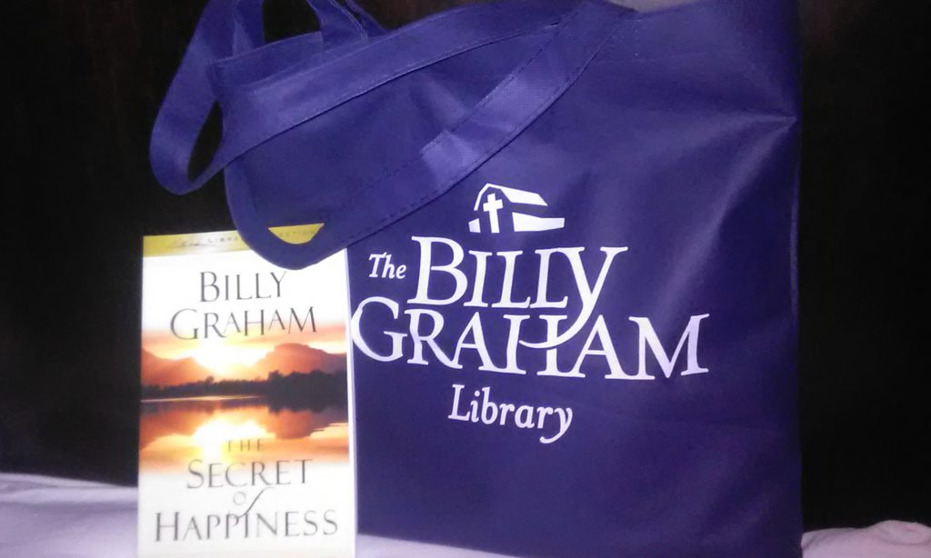 Billy Graham tote bag and book