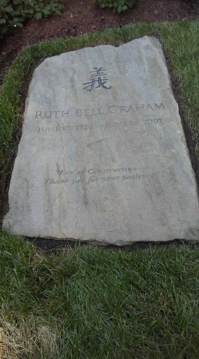 Ruth Graham Headstone