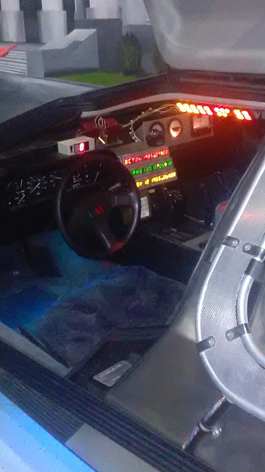 inside of DeLorean
