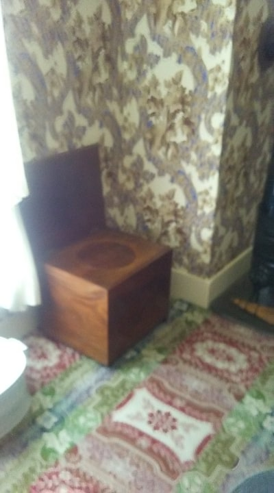 Mary's toilet
